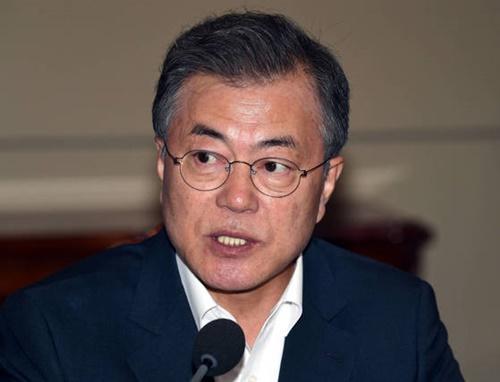 【愕然】ムン大統領「日朝間の対話が再開されるべき」→ 日本に反省と謝罪を要求wwwwwwwwwwwwのサムネイル画像