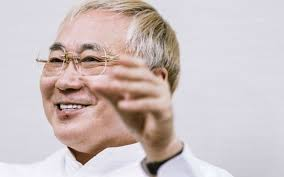 有田ヨシフ先生「高須氏に、米整形外科医学会からの追放が要求されている」→ 高須院長「そこのメンバーじゃないんだが」のサムネイル画像