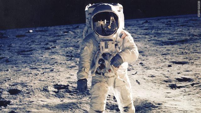 【衝撃】宇宙飛行士の遺伝子、とんでもないことになっていたwwwwwwwwwwwwのサムネイル画像