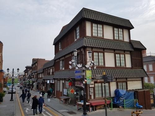 韓国人、今年8人に1人が日本旅行…なぜ日本?のサムネイル画像