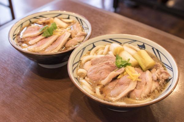 丸亀製麺「ネギはどれだけ食ってもいい。うどん注文しなくていい」のサムネイル画像