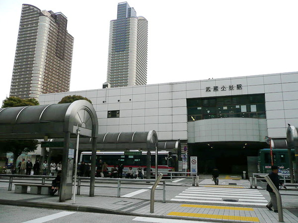 JRmusashi-kosugiNorth
