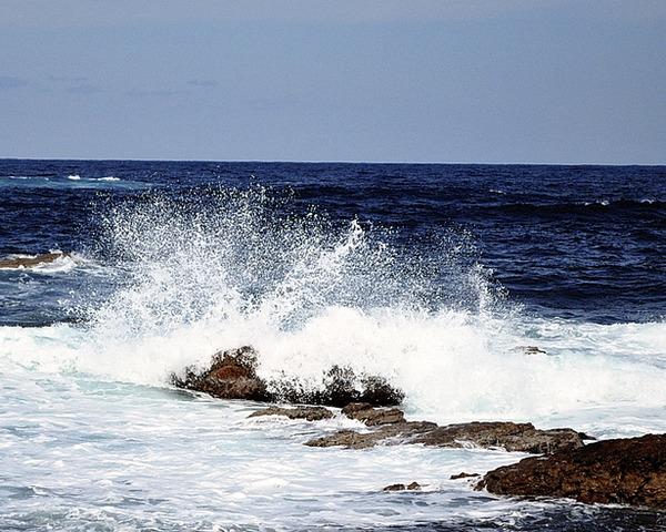 【日本だけの海ではない】日本のサントリーも記載していた韓国「東海」併記問題、IHO総会で議論再開へwwwwwwwwwwwwwwのサムネイル画像