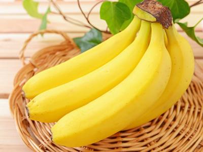 【衝撃】住宅の庭でバナナの実がなる 専門家「非常に珍しい」のサムネイル画像
