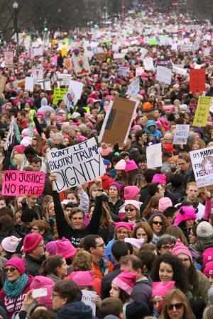 【悲報】「反トランプ」世界中でデモ → 数百万人が参加の異例事態、トランプ大統領、厳しい船出へwwwwwwwwwwwwwwwwwwのサムネイル画像