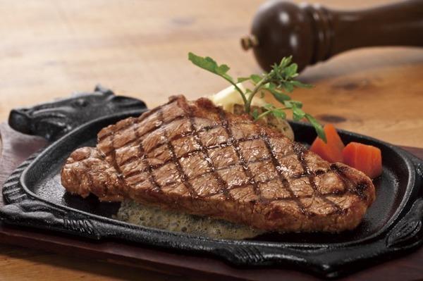 【悲報】日本人学生、海外でステーキを食べた結果wwwwwwwwwwwwwのサムネイル画像