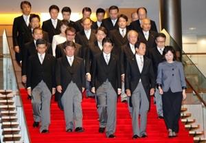 【速報】安倍内閣支持率、最新世論調査の結果が発表される!!!!!のサムネイル画像