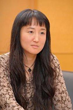 【悲報】「日本が嫌なら半島に帰れ!」→ 柳美里「差別意識が顕在化。危険だ」のサムネイル画像