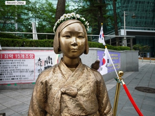 【画像】ソウル市内バスの数路線にて車内に慰安婦像を乗せての運行を開始wwwwwwwwwwのサムネイル画像