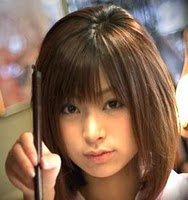 騙された!!「美人すぎる書道家」涼風花 実はレースクイーンの江田めぐみだったのサムネイル画像