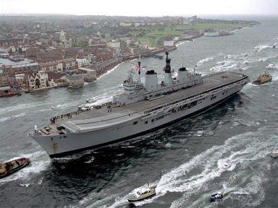 【衝撃】イギリス、就役したばかりの空母を太平洋がに展開へwwwwwwのサムネイル画像