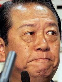 民主・小沢氏「なぜ僕だけなんだ」「秘書、必ず無罪に」のサムネイル画像