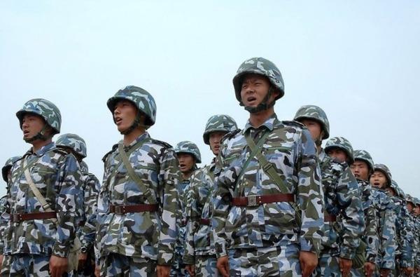 【驚愕】中国政府「中国軍を世界一流の軍隊にする」→ 国防費、今年も大幅増額へ・・・のサムネイル画像