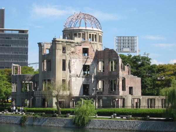 """【訃報】「広島が全滅です。新型爆弾にやられました」広島原爆投下""""第一報"""" 岡ヨシエさん死去のサムネイル画像"""