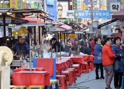"""【自業自得】韓国、異常な反日で""""韓光""""客減 日本人「嫌な思いをするだけ」のサムネイル画像"""