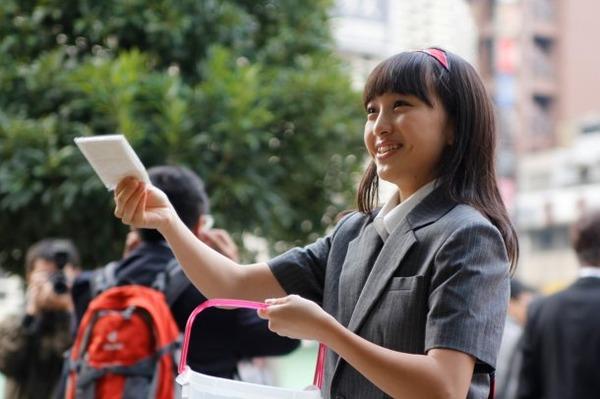 中国人「何で日本人は街頭ティッシュ配りのポケットティッシュを受け取らないの?」のサムネイル画像