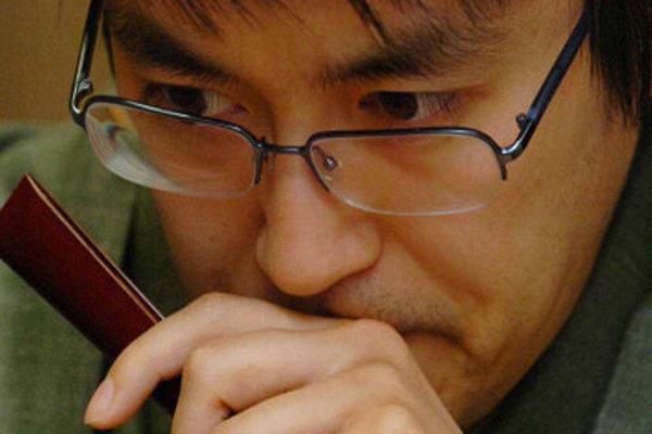 【速報】将棋の羽生善治が前人未到の「永世七冠」達成へwwwwwwwwwwのサムネイル画像