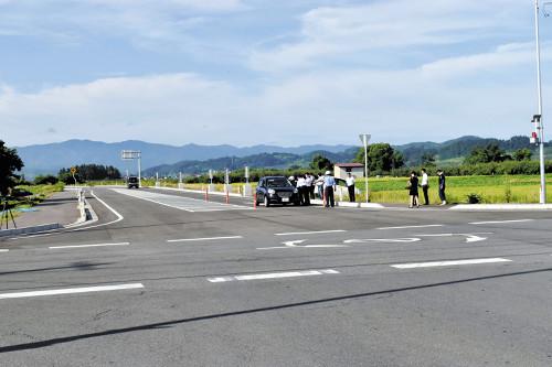 丁字路を十字路に変えたら事故多発。車カス馬鹿すぎ。のサムネイル画像
