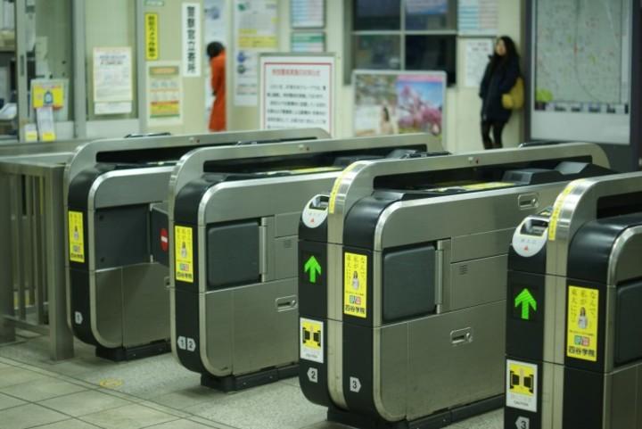 【自動】韓国人が絶賛する「日本の世界的な発明品」がこちらwwwwwwwwのサムネイル画像