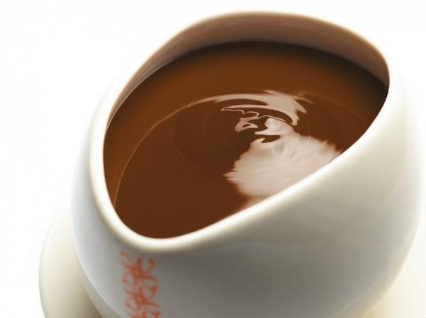 アメリカ人「チョコレートミルクって茶色の牛の乳でしょ?」知的格差も急拡大のサムネイル画像