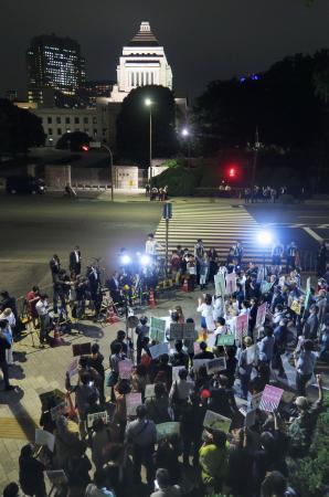 【画像】SEALDsらが「共謀罪」反対集会「まだこれからだ」「今すぐ廃案」「国民なめるな」のサムネイル画像