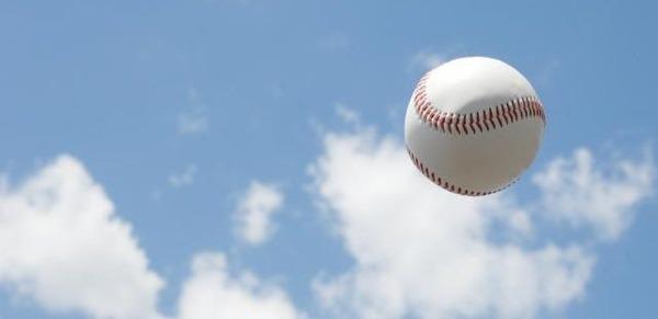【悲報】高校野球の開会式で22人が熱中症へ・・・のサムネイル画像