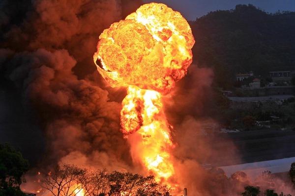【画像】中国マカオで、石油の地下コンビナートが爆発のサムネイル画像