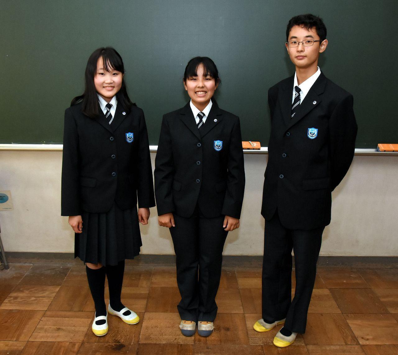 【中学校】女子の制服もスカートからスラックスへ → 校長「固定観念から解放、多様性を認めてあげてもいいのでは」 のサムネイル画像