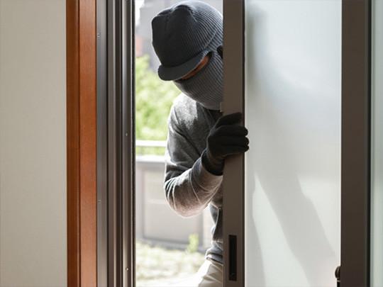 【悲報】韓国籍の男が、女性の部屋に侵入しレイプ・・・のサムネイル画像