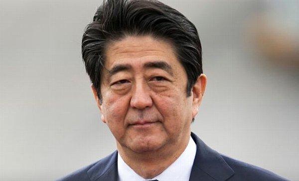 安倍晋三首相、松本人志さん、指原莉乃さんと会食wwwwwwwwwwのサムネイル画像