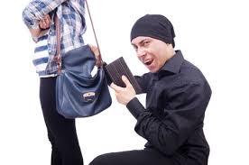 【悲報】「スリをする為にコミケに来た」→ 三重の28歳男性を逮捕へwwwwwwwwwのサムネイル画像