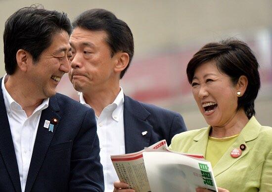 【都議選】有田芳生議員が祝杯「自民党が負けたから泡三杯。うれしいなぁ」のサムネイル画像
