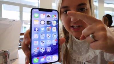 iPhoneXの動画を公開した娘の号泣謝罪動画、再生数500万回突破wwwwwwwwwwwwwwwww のサムネイル画像