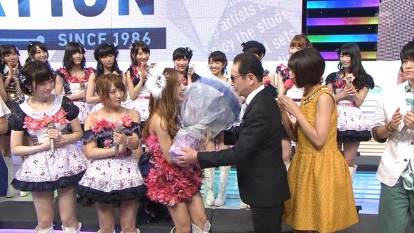 【AKB48】板野友美、最後のMステ卒業曲熱唱 ぱるる(島崎遥香)・たかみな(高橋みなみ)も号泣のサムネイル画像