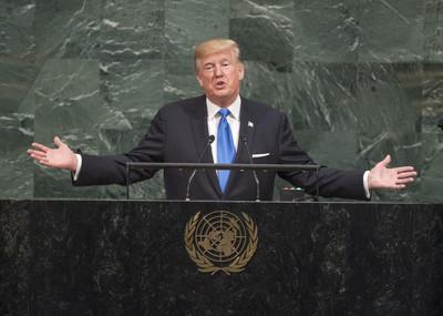 【北朝鮮危機】 トランプ米大統領「金正恩は狂った男」のサムネイル画像