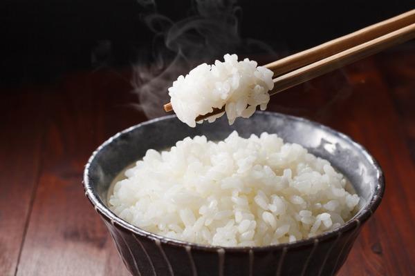 栄養士「1日3食とるのがいちばん効率よく身体に吸収され、健康を保てる食べ方」のサムネイル画像