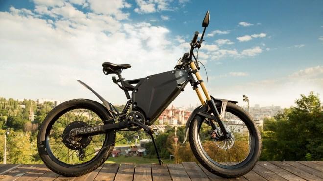 一回の充電で380キロ走れる電動バイク「Delfast」お値段3,589ドルのサムネイル画像