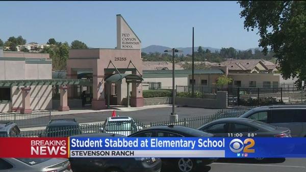 【動画】コリアンの小学生、教室で刃物を振り回す → 悲惨な結末へ・・・のサムネイル画像