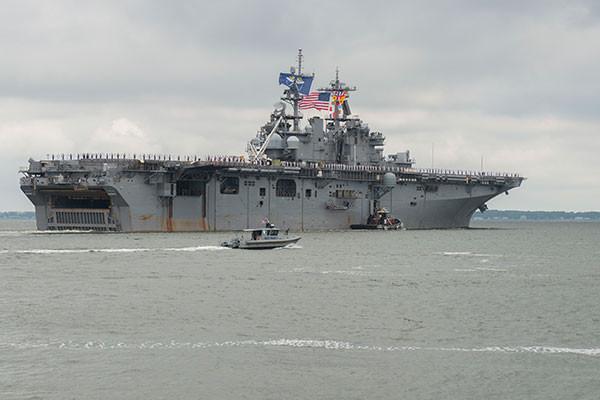 【緊急】米空母、朝鮮半島に集結 → 「イラク戦争を超える過去最大級」のその数がwwwwwwwwwwwのサムネイル画像