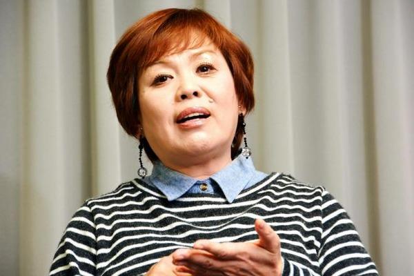 【悲報】上沼恵美子、質問が多すぎるスーパーに苦情「ポイントカードいらん」のサムネイル画像