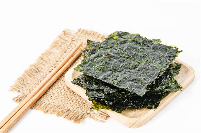 【驚愕】「海苔」料理の発祥地は韓国だと判明wwwwwwwwwwwwwwのサムネイル画像