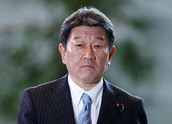 【株価暴落】茂木経財相「日本経済しっかりしている。先行きも堅調だ。」のサムネイル画像