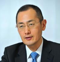 ノーベル医学・生理学賞に京都大学教授の山中伸弥さんのサムネイル画像