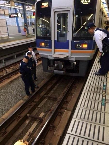 大阪・泉大津駅で女性が飛び込み自殺→遺体見つからずのサムネイル画像