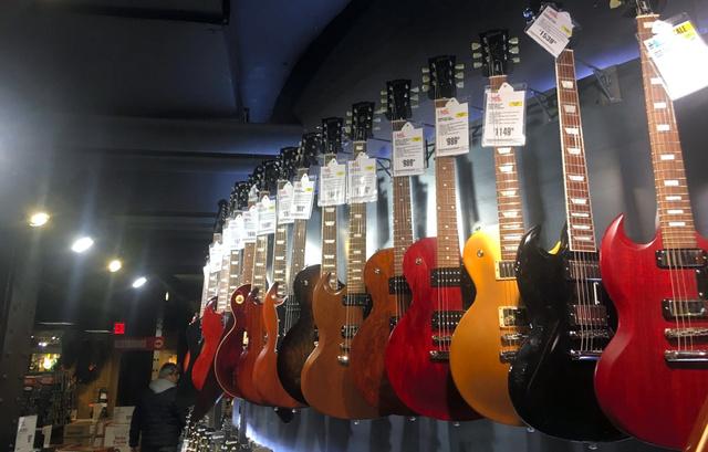 【経済】米ギター「ギブソン」の負債総額がヤバすぎるwwwwwwwwwのサムネイル画像