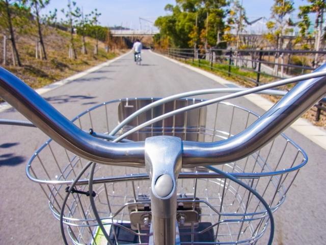 【仕事始め】男「これ見て、これ見て」→自転車で寒風の足立区を疾走wwwwwwwwwwwのサムネイル画像