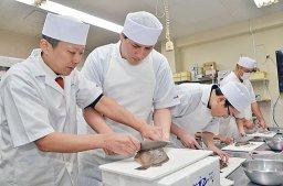 【寿司】大阪に3ヵ月で職人になれる養成学校ができてしまうwwwwwwwのサムネイル画像