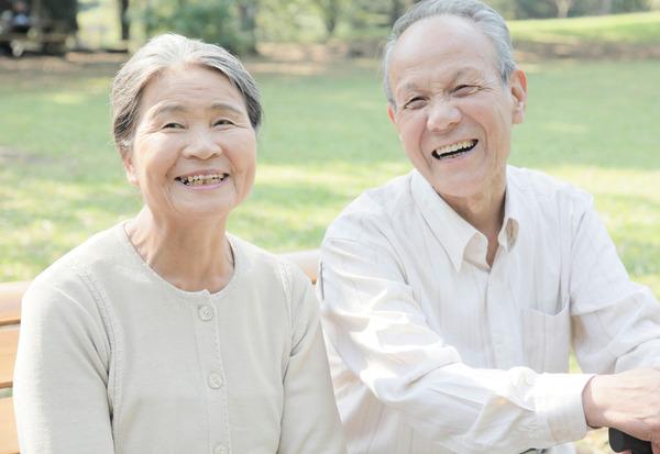 【悲報】65歳以上が払う「介護保険料」が月額6000円以上 → ほとんどの市区が該当へwwwwwwwwwwwwwwのサムネイル画像