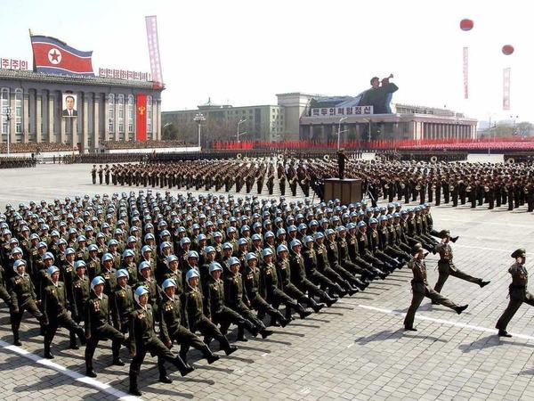 【総決起】347万の北朝鮮人が軍への入隊を嘆願wwwwwwwwwwwwwwwwwのサムネイル画像