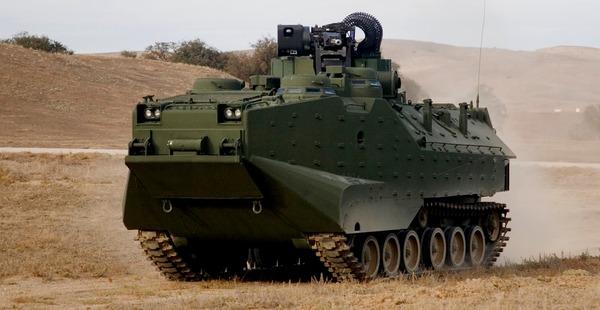 【悲報】安倍首相、米軍ですら使うのをためらうポンコツ水陸両用車「AAV-7」を大量に売りつけられてしまう・・・のサムネイル画像